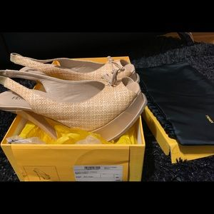 Taupe/cream peep toe sexy designer sandals